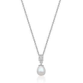 Diamond Pearl Necklaces